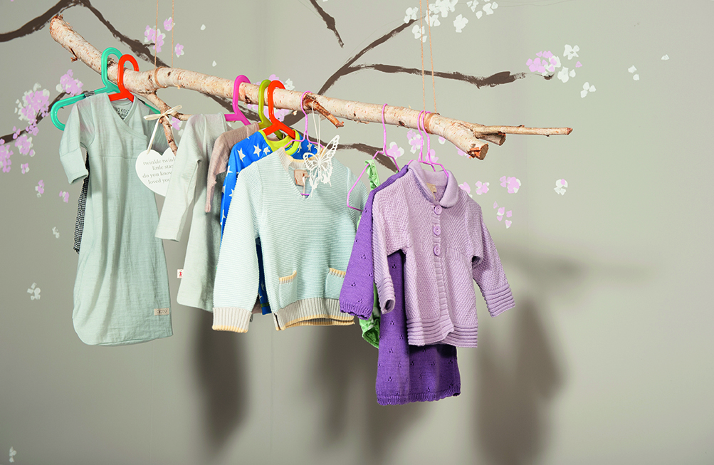 Clothes-Branch-Cherry-Blossom_0489